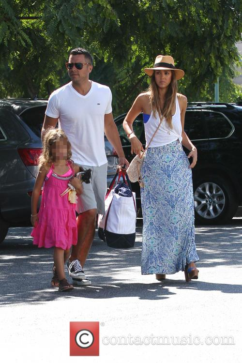 Jessica Alba, Cash Warren and Honor Marie 9