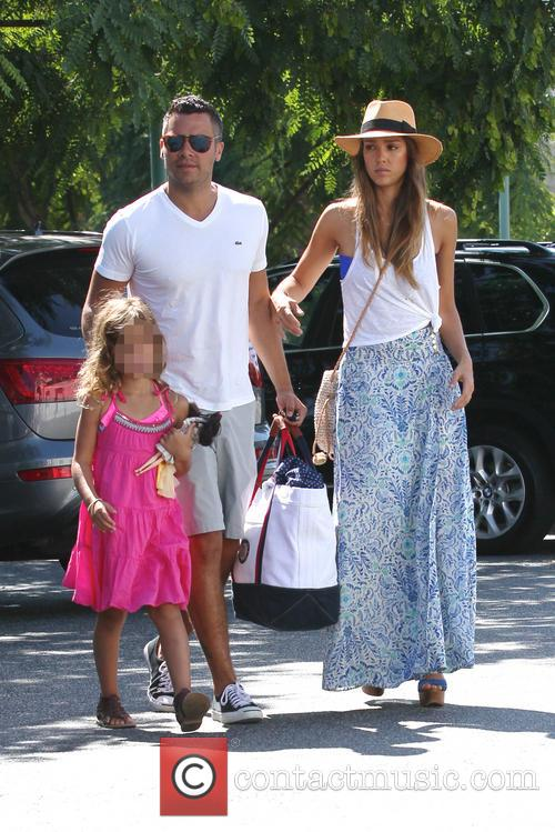 Jessica Alba, Cash Warren and Honor Marie 11