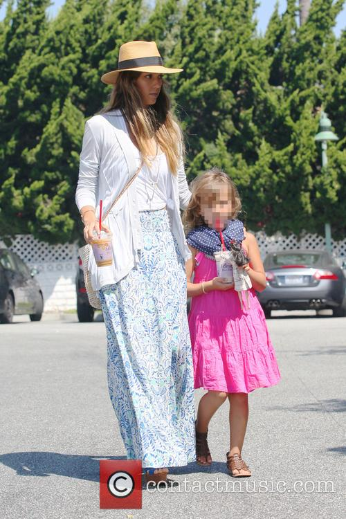 Jessica Alba and Honor Marie 4