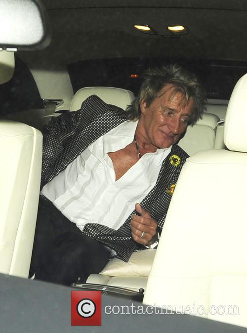 Rod Stewart And Penny Lancaster At Restaurant