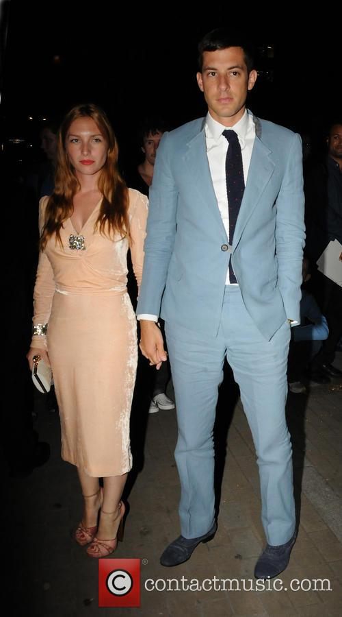 Josephine De La Baume and Mark Ronson 2