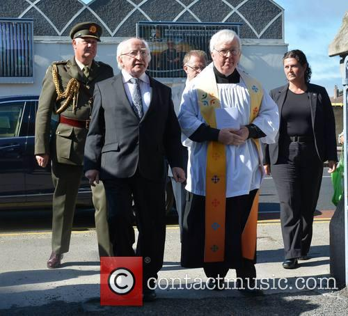 Seamus Heaney and Presedent Michael D Higgins 9