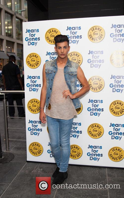 junaid ahmed jeans for genes 2013 party 3847522