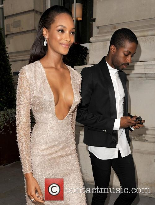 Jourdan Dunn leaving her hotel