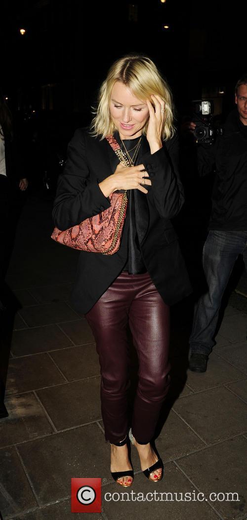 Naomi Watts 26