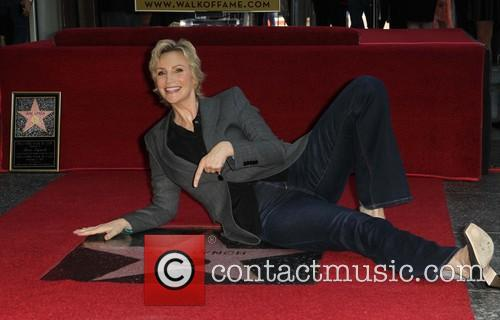 Jane Lynch 32