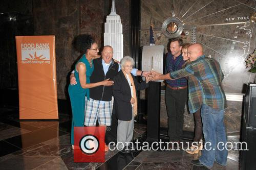 Carla Hall, Mario Batali, Guests, Clinton Kelly, Daphne Oz and Michael Symon 4