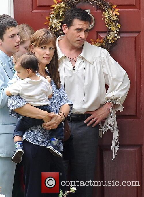 Jennifer Garner, Steve Carell, Dylan Minnette and Guest 8