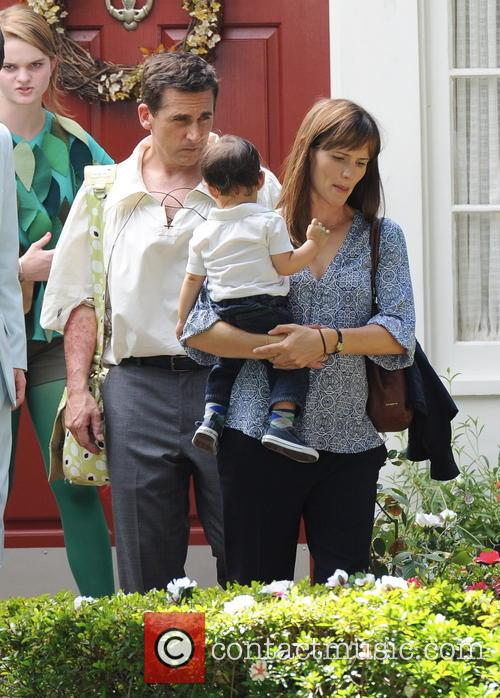Jennifer Garner, Steve Carell, Kerris Dorsey and Guest 10