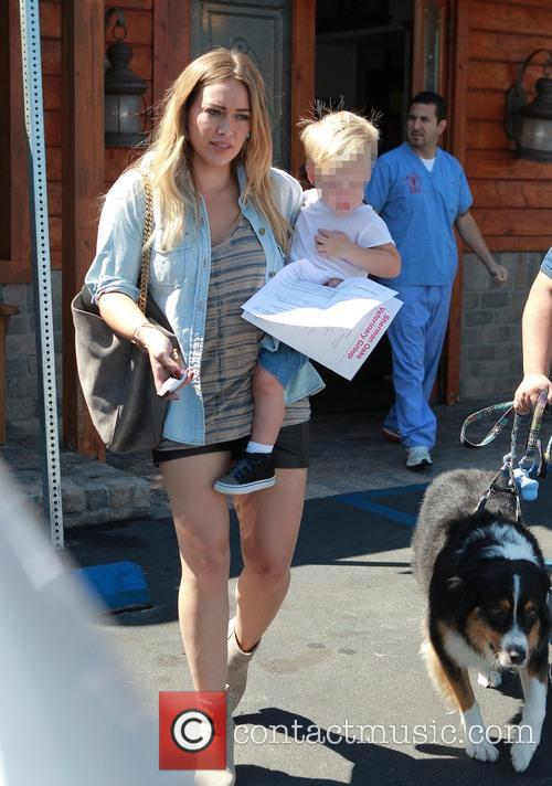 hilary duff luca comrie hilary duff and son 3851006