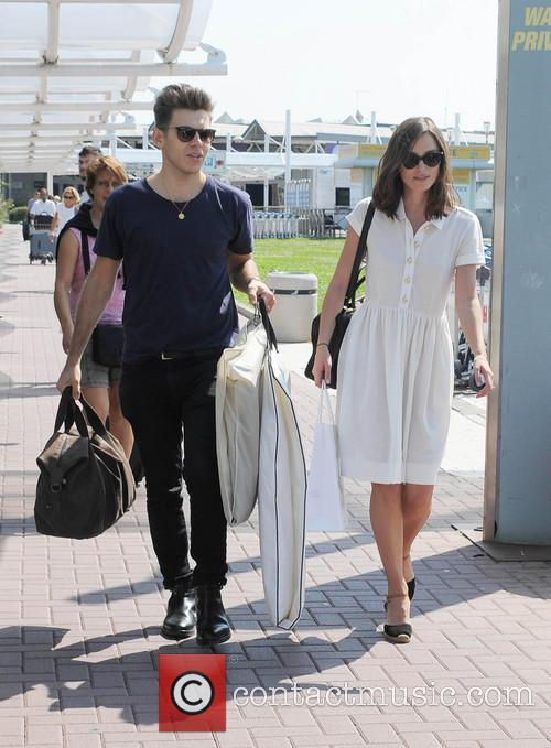 Keira Knightley and housband  James Righton,depart venice