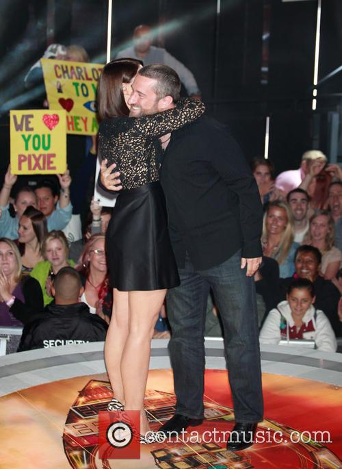 Dustin Diamond and Emma Willis 4