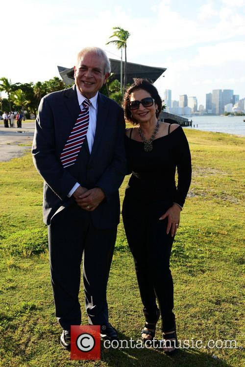 Mayor Tomas Regalado and Gloria Estefan