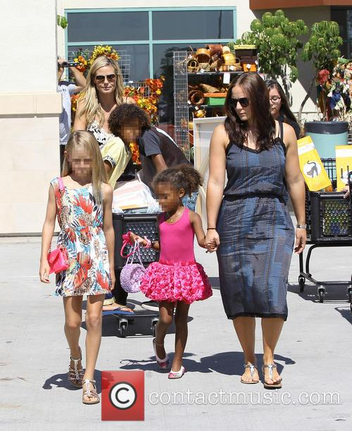 Heidi Klum goes shopping with her children