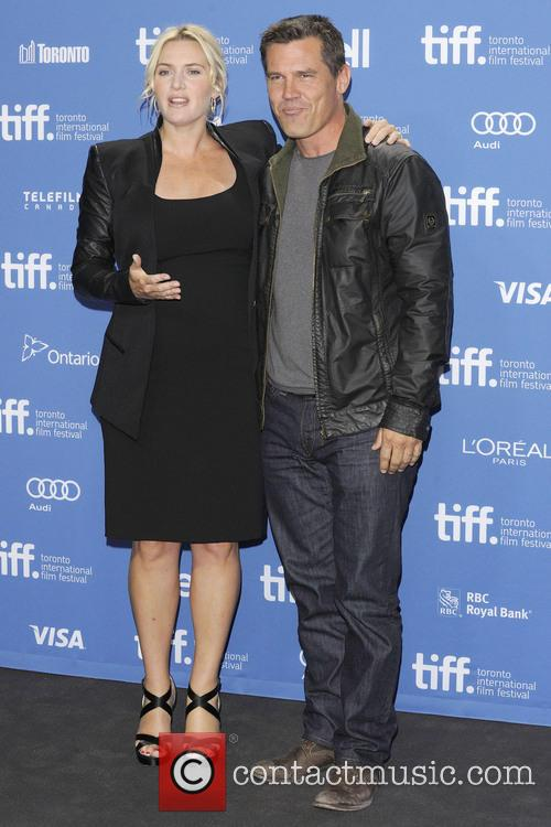 Kate Winslet and Josh Brolin 1