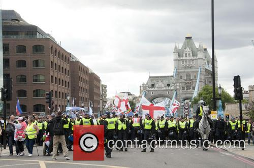 atmosphere edl march ann protest in east 3854334