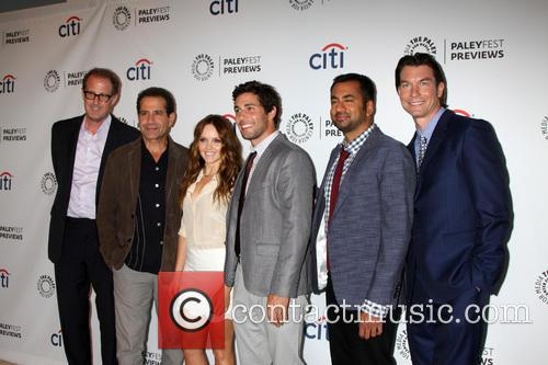 rob greenberg tony shalhoub rebecca breeds chris smith kal penn jerry 3853714