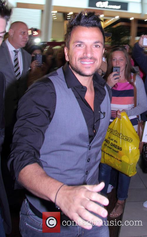 Peter Andre and Fans 5
