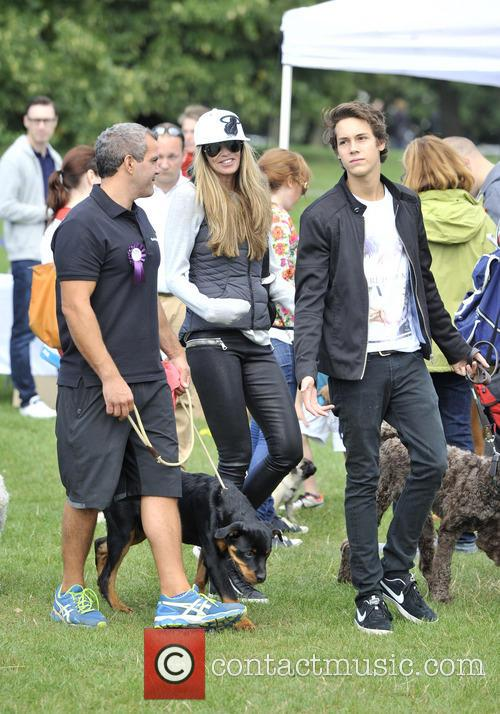 Elle Macpherson and Arpad Flynn Busson 4