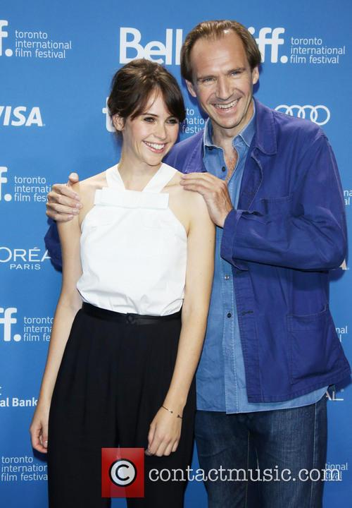 Felicity Jones and Ralph Fiennes 5