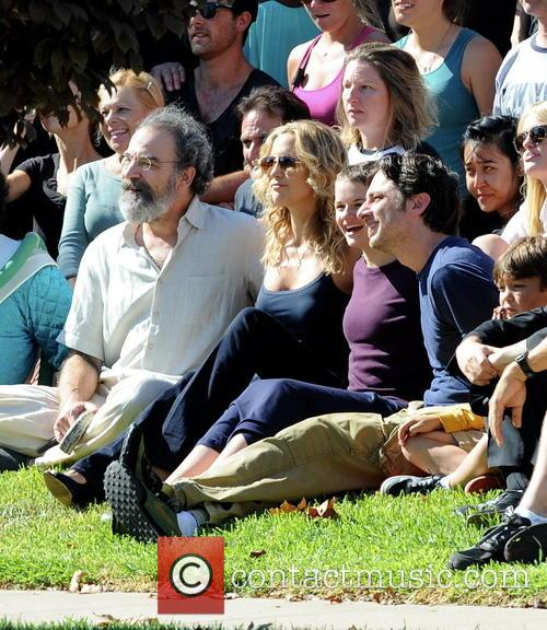 Kate Hudson, Zach Braff, Joey King and Mandy Patinkin 11