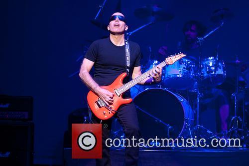 Joe Satriani 29