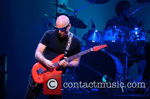 Joe Satriani 30