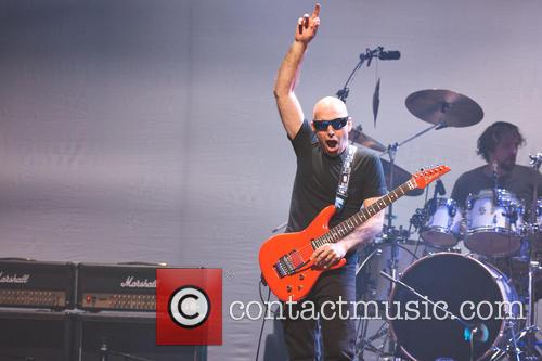 Joe Satriani 33