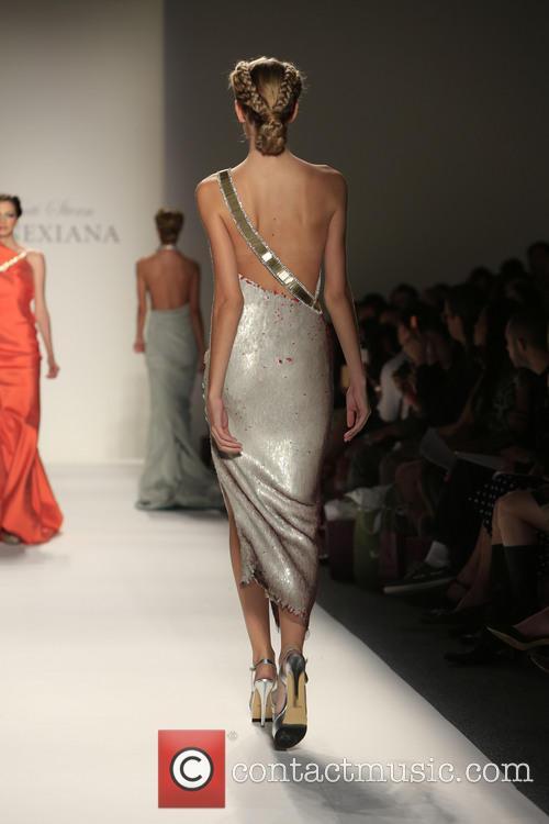 Mercedes-benz New York Fashion, Week Spring, Summer and Venexiana 6