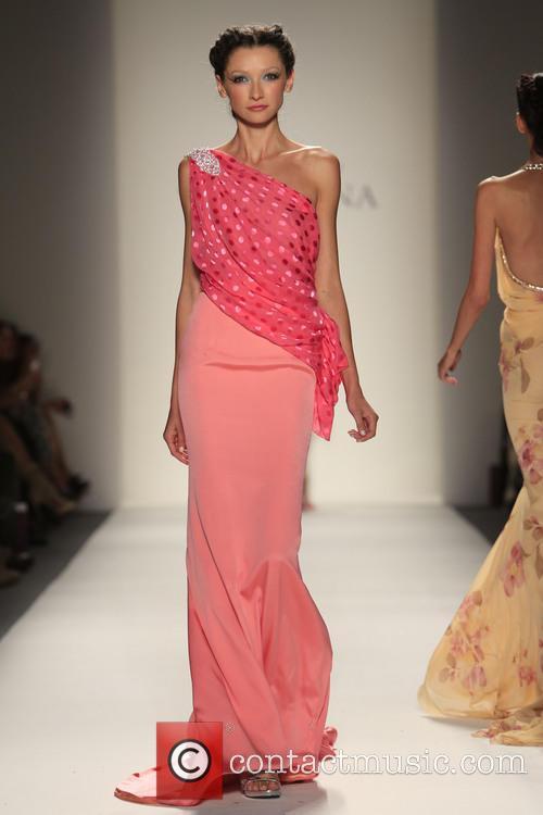 Mercedes-benz New York Fashion, Week Spring, Summer and Venexiana 7