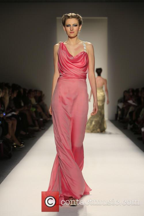 Mercedes-benz New York Fashion, Week Spring, Summer and Venexiana 8