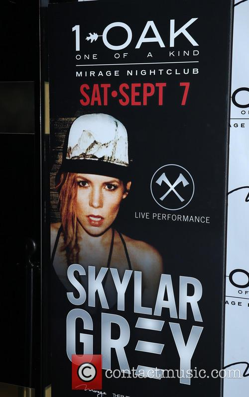 Skylar Grey Performs at 1 Oak Nightclub