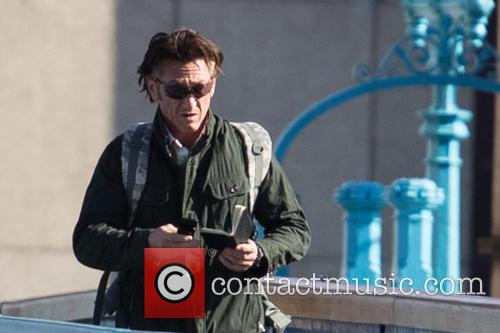 sean penn actor sean penn filming the 3855159