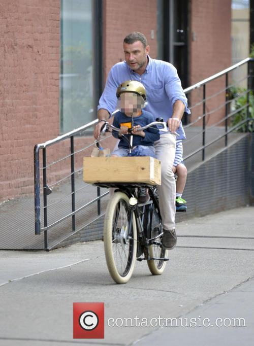 Liev Schreiber Out Cycling