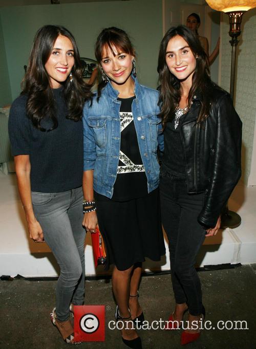 Jodie Snyder, Rashida Jones and Danielle Snyder 4