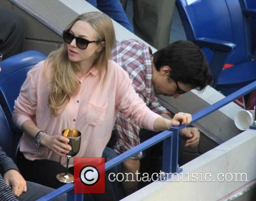 Amanda Seyfried and Justin Long 2