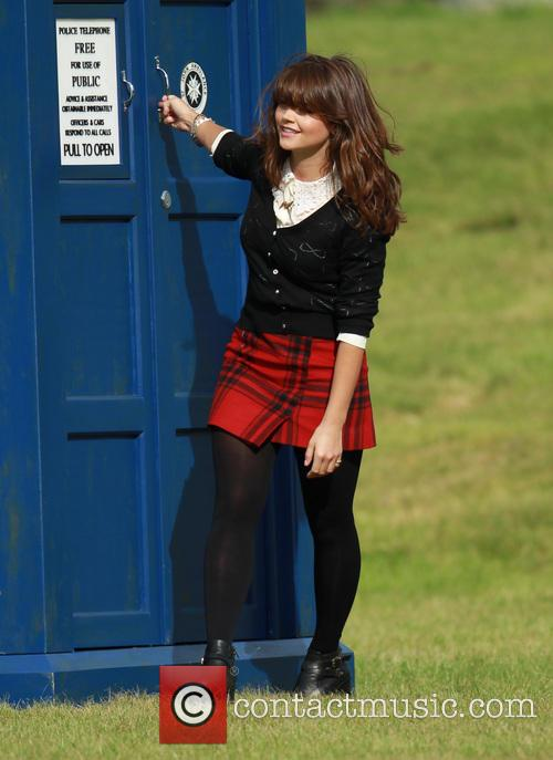 jenna louise coleman dr who christmas filming 3859001