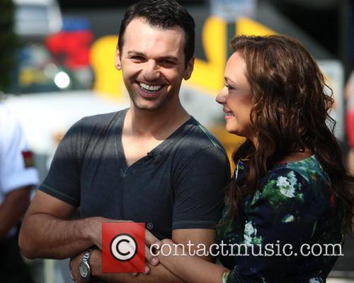 Leah Remini and Tony Dovolani 5