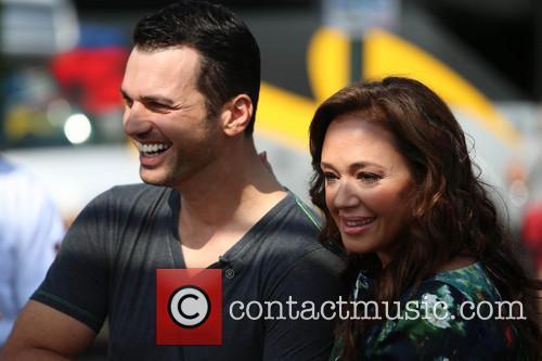 Leah Remini and Tony Dovolani 10