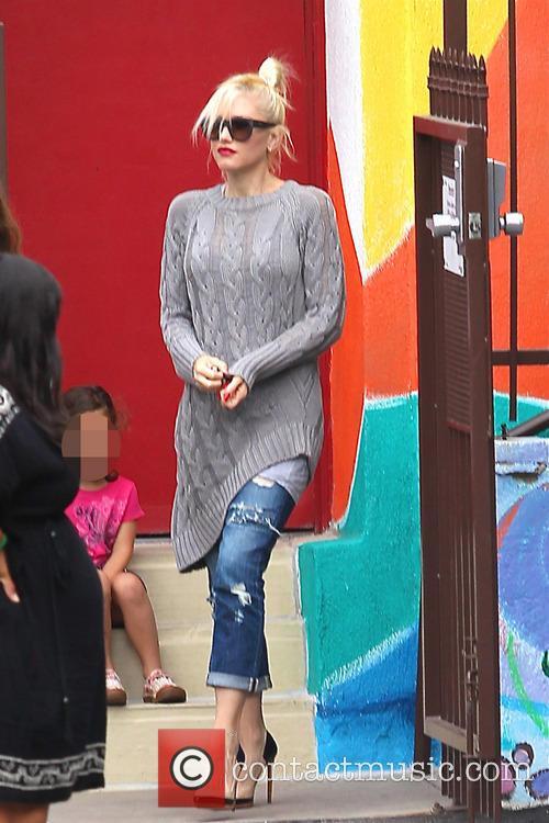 Gwen Stefani Wearing Oversized Grey Jumper