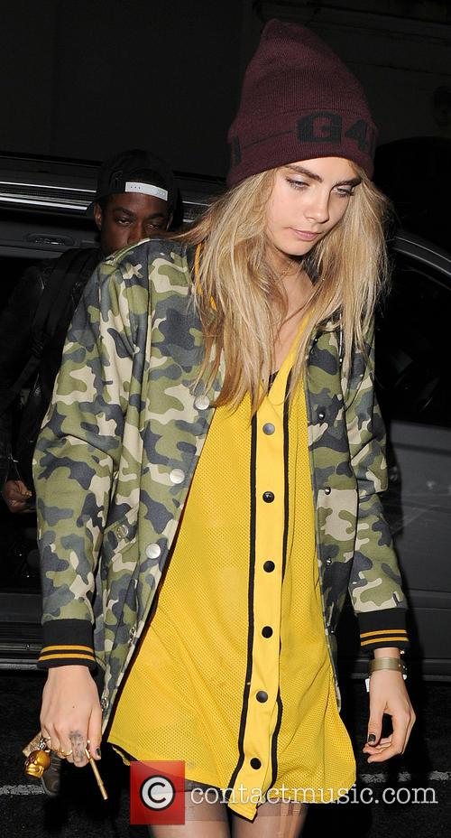 Rihanna And Cara Delevingne Dine Out