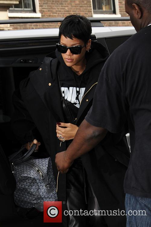 Rihanna arrives at her London hotel
