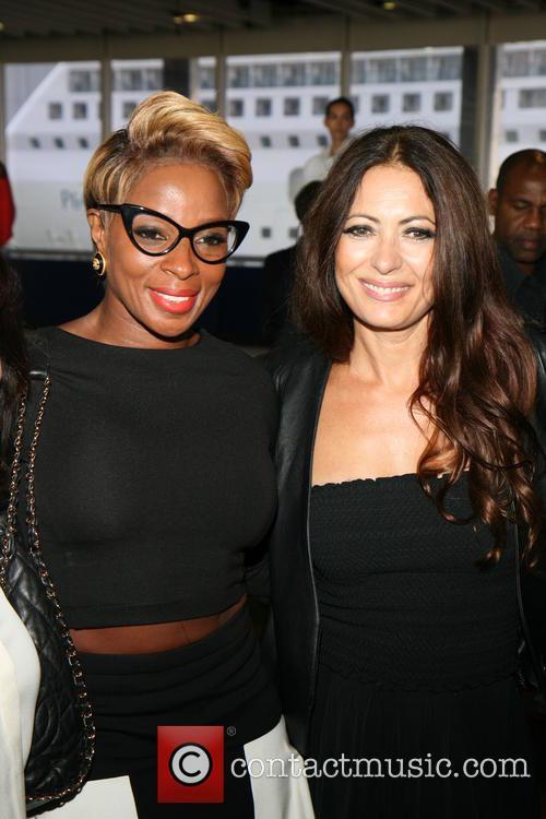 Mary J Blige and Catherine Malandrino 9