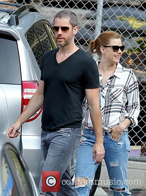 Amy Adams and fiance leaving school