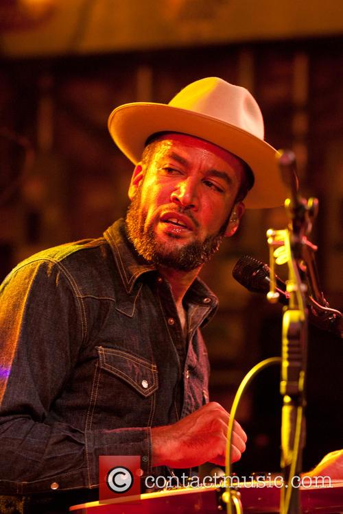 Ben Harper and Charlie Musselwhite In Concert