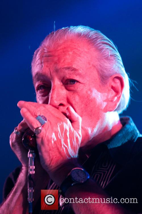 Ben Harper and Charlie Musselwhite 7
