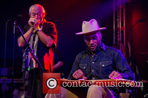 Charlie Musselwhite and Ben Harper 3