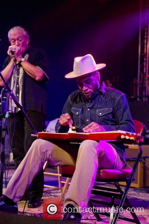 Charlie Musselwhite and Ben Harper 6