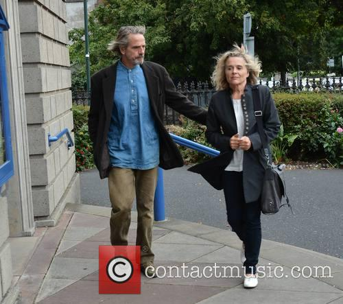 jeremy irons sinead cusack funeral of actress susan 3861633
