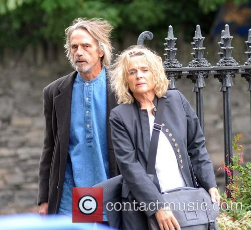 Jeremy Irons and Sinead Cusack 4